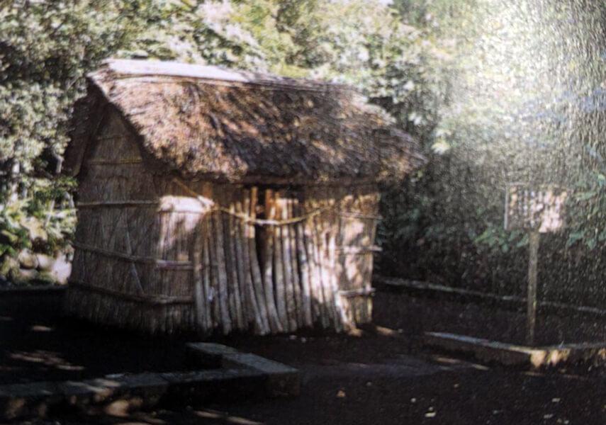 源為朝幽閉の小屋